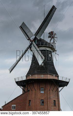 Bunder Mill, Bunde, Rheiderland, East Frisia, Lower Saxony, Germany