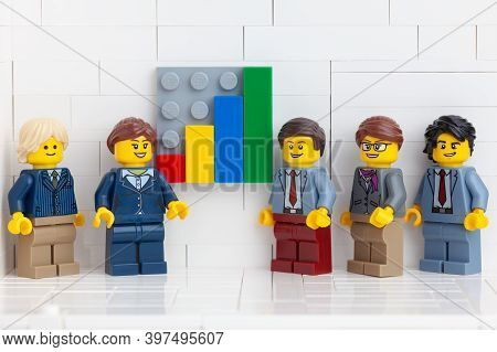 Tambov, Russian Federation - November 14, 2020 Lego Minifigure Businesspeople Having A Meeting In Th