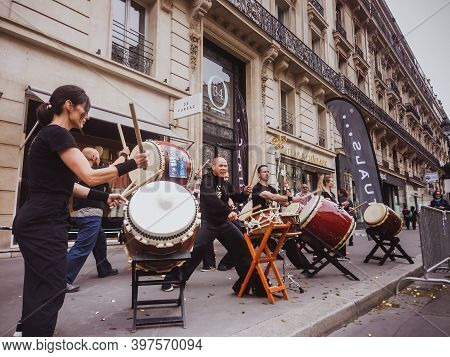 Paris - June 9 2019 Drumming As Sound Support On The Street During A Paris Marathon