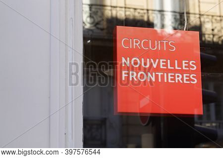 Bordeaux , Aquitaine  France - 11 21 2020 : Nouvelles Frontieres Logo And Text Sign Front Of Travel