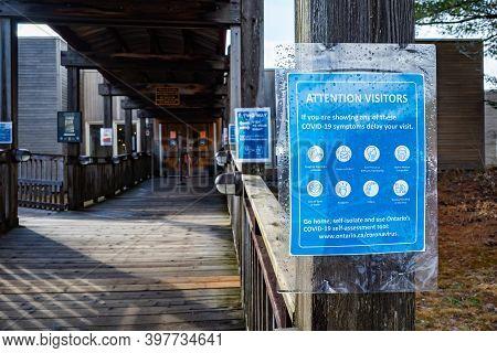 Algonquin Provincial Park, Ontario, Canada - November 28, 2020: Signs At The Algonquin Provincial Pa