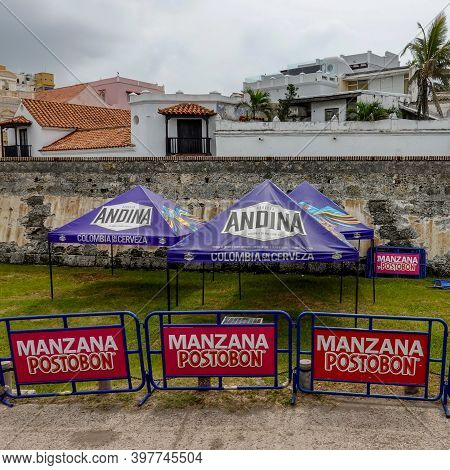 Cartagena, Columbia - November 5, 2019: A View Of A Tent In Front Of The Wall That Surrounds The Old