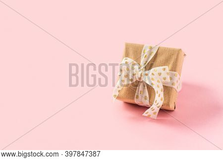 Gift Or Present Box On Pink Background. Pastel Colors, Copy Space For Text And Design. Valentine Gif
