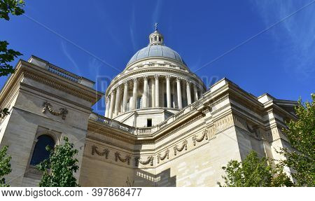 View Of Le Pantheon Located At The Latin Quarter With Blue Sky. Paris, France.