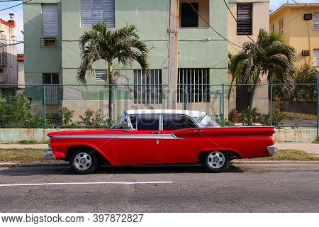 Havana, Cuba - February 24, 2011: Classic American Ford Car In Havana. American Oldtimer Cars Are Im
