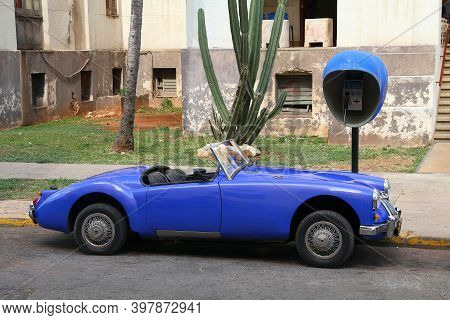 Havana, Cuba - February 24, 2011: Classic Mg Mga Roadster Car In Havana. Oldtimer Cars Are Important