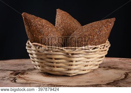 Kibe Roast In Basket With Black Background