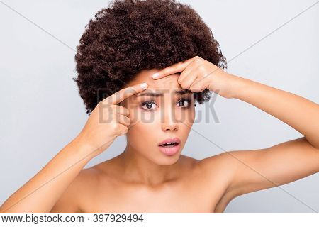Oh No Pustule Sad Frustrated Afro American Girl Look Mirror Find Acne Wrinkle Upset Want Skin Pure F