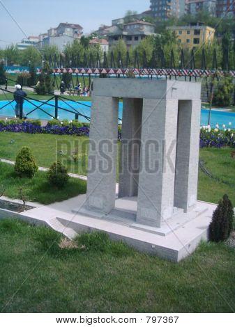 Gallipoli Monument (Miniature)