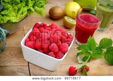 Smoothie of raspberry and green smoothie