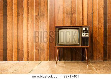 Old vintage television or tv in room