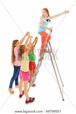 Kids chasing funny girl