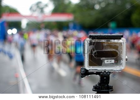 Gopro Camera Shoots Time-lapse Of Rainy Peachtree Road Race