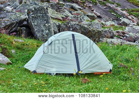 Lightweight Hiking Dome Tent