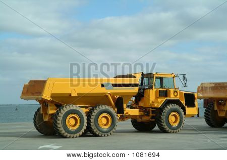 Large Dumper Trucks