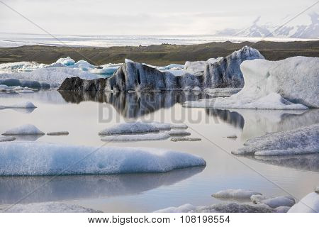 Water reflections in Iceberg lake, Jokulsarlon.