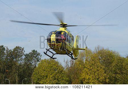 Ambulance Helicopter - Dutch Lifeliner 1 (Medevac) - approaching for landing
