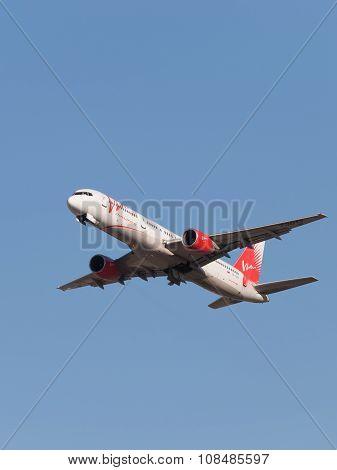 Passenger Boeing 757