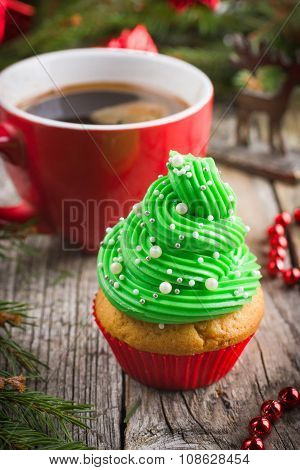 Festive Christmas Cupcakes With Frosting And Sugar Decoration