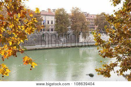 Roman Glimpse Of The Tevere River