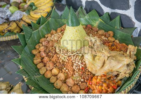 Indonesian Meal For Special Ocassion, Tumpeng