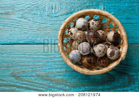 Picture of quail eggs in basket