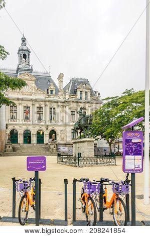 City Hall (hotel De Ville) Building, In Vannes