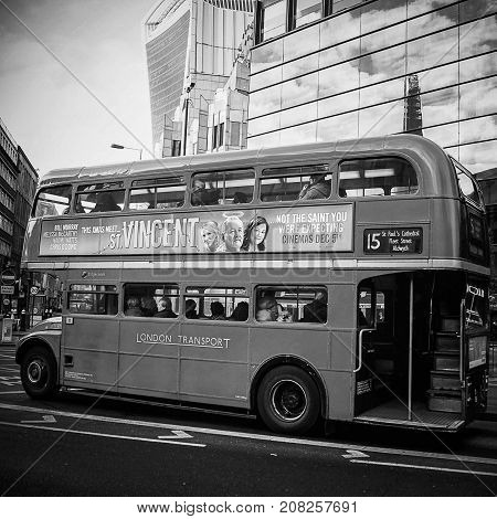 Double Decker Bus in black and white, London, UK, 30/12/2015