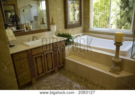 Bathroom Tub And Candle 1401