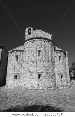 San Leo (Forli Cesena Emilia Romagna Italy): the historic town at morning church. black and white