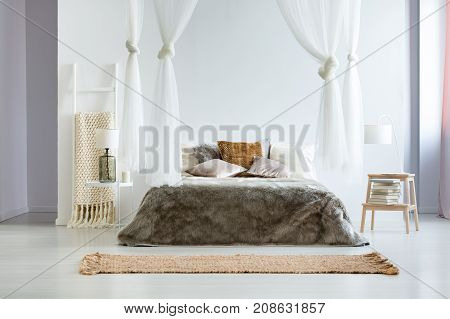 King-size Bed With Fur Coverlet