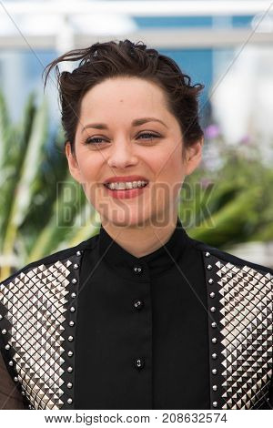 CANNES, FRANCE - MAY 19, 2016: Marion Cotillard attends the 'It's Only The End Of The World (Juste La Fin Du Monde)'  photocall . 69th annual Cannes Film Festival at the Palais des Festivals