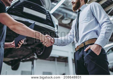 Men In Auto Service