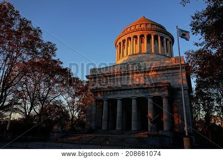 General Grant National Memorial New York Cit USA warm red