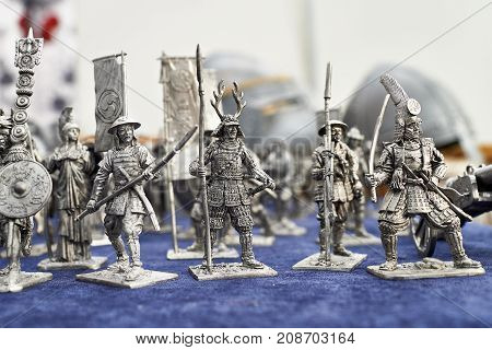 The tin Soldiers Samurai as the toys