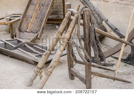 traditional tools and utensils of medieval agriculture, ancient European farming instruments