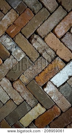 Diagonal zigzag pattern brick in vertical background