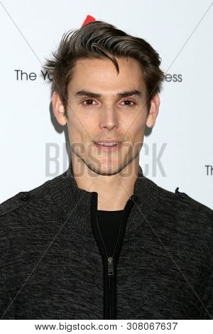 LOS ANGELES - JUN 23:  Mark Grossman at the Young and The Restless Fan Club Luncheon at the Marriott Burbank Convention Center on June 23, 2019 in Burbank, CA