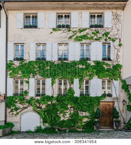 Gruyeres, Vd / Switzerland - 31 May 2019: The Historic Medieval Village Of Gruyeres In Western Switz