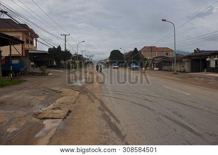 Phonsavan, Laos - August 19: Main Road On August 19, 2012 In Phonsavan, Laos. Phonsavan Population 3