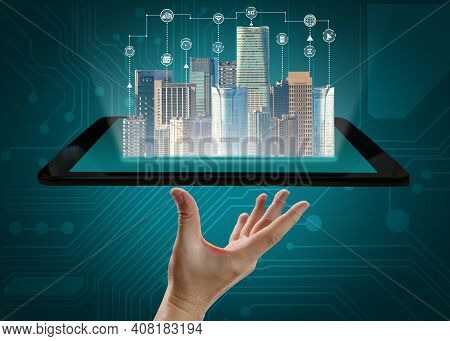 Advanced Communication And Global Internet Network Connection In Smart City . Concept Of Future 5g W