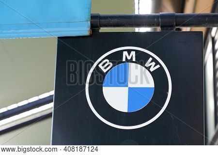 Bordeaux , Aquitaine France - 02 13 2021 : Bmw Car Dealership Sign Brand Store Luxury Automakers Tex