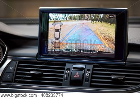 Premium Car With Rear View Camera Dynamic Trajectory Turning Lines And Parking Assistant, Steering W