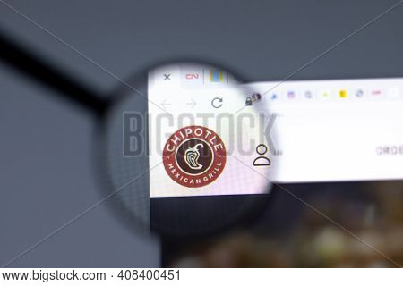 New York, Usa - 15 February 2021: Chipotle Website In Browser With Company Logo, Illustrative Editor