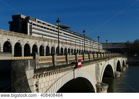 Paris, France. February 14. 2021. View On The Ministry Of Economy. Historic Monument And Bridge With