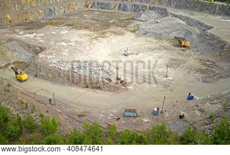 Area Of Quarry Of Granite With The Machines Of Kamerezami, Roads