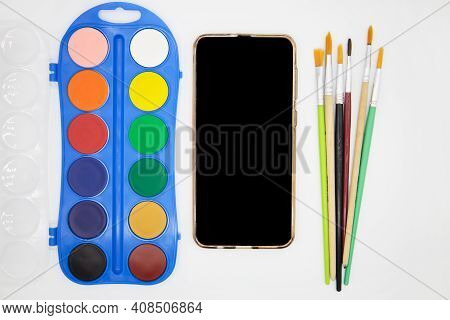Remote Drawing Lesson On Mobile Phone Using Internet Technologies. E-learning. Top View. Painting On