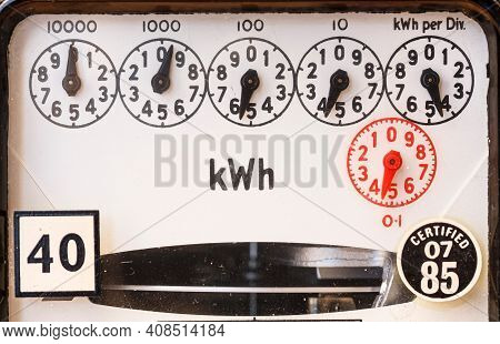 Analogue Electricity Meter With Dials, Old Electric Meter Reading In A Home In England, Uk