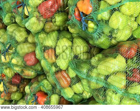 Sacks Of Fresh Bell Pepper. Eco-friendly Products. Agriculture And Farming. Harvest. Harvesting. Fre