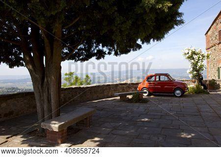 Monteleone D\' Orvieto (tr), Italy - May 27, 2016: A Red Fiat 500 In Monteleone D\' Orvieto Square,